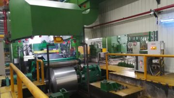 Aluminum foil rolling mill for medical use
